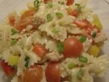 Těstovinový salát s ťuňákem recept