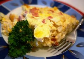 Květák se šunkou, sýrem a vejci recept