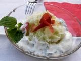 Kedlubnový salát s jogurtovou zálivkou s meduňkou recept ...