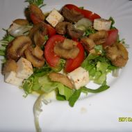 Salát s houbami recept