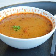 Bramborová polévka s mrkví a hráškem recept