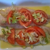 Zapečená treska s rajčaty a sýrem recept