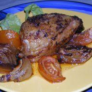 Kuře na cibuli a rajčatech recept