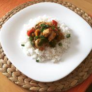 Kuřecí prsa s kuskusem a paprikami recept