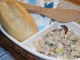 Sýrový salát s cizrnou recept