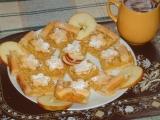 """""""Kytičkové """" jablečné řezy recept"""