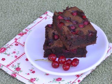 Brownies s rybízem nebo malinami