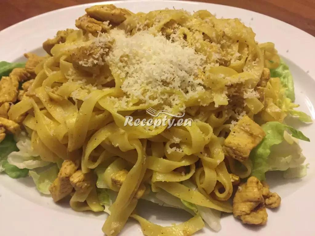 Italské nudle s houbami recept  těstoviny