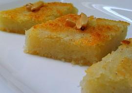 Basbousa  krupicovy kolac recept