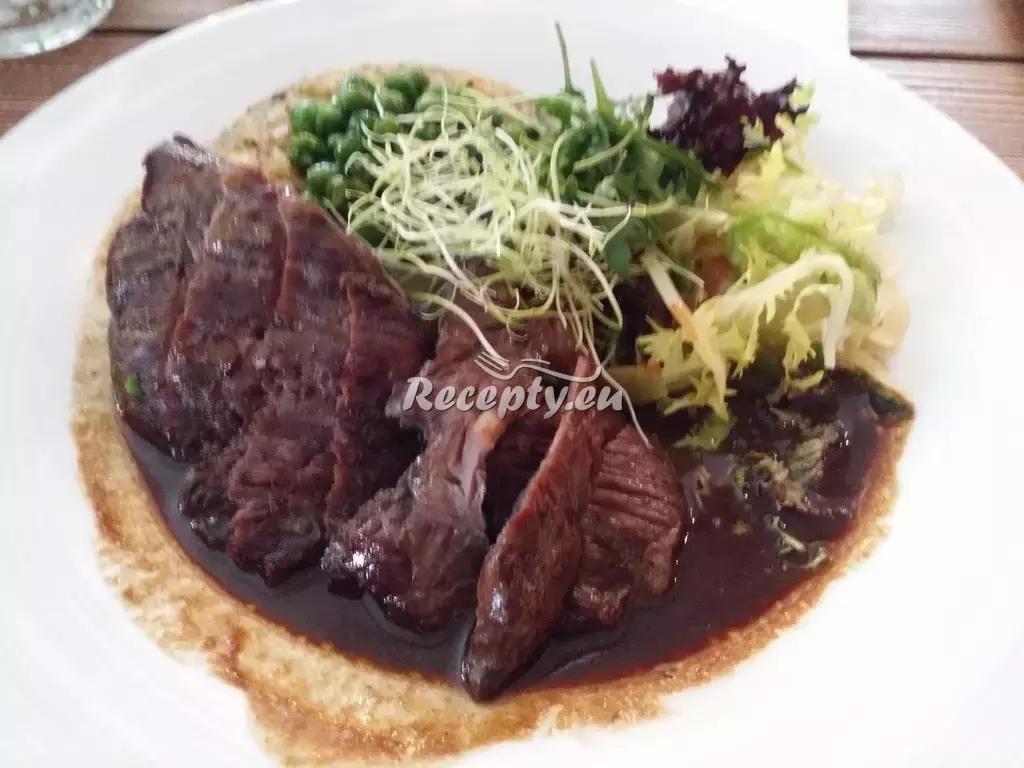 Hovězí roláda s mozzarellou a olivami recept  hovězí maso ...