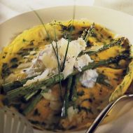 Bylinková omeleta s chřestem a sýrem ricotta recept