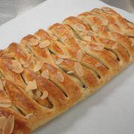 Francouzský třešňový pletenec recept