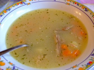 Hovězí polévka se zeleninou dle babičky