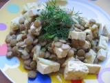 Salát z čočky a tofu recept