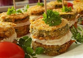 Cuketové jednohubky s česnekovou pomazánkou recept ...