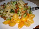 Těstoviny zapečené s liškami, brokolicí a sýrem Grana padano ...