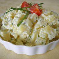 Bramborový salát s pažitkou a čerstvým sýrem recept