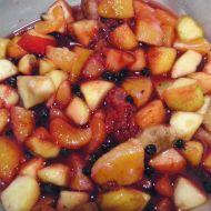 Jemný ovocný salát recept