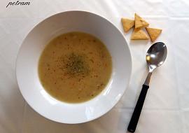 Rychlá hrachová polévka z hrachové mouky recept