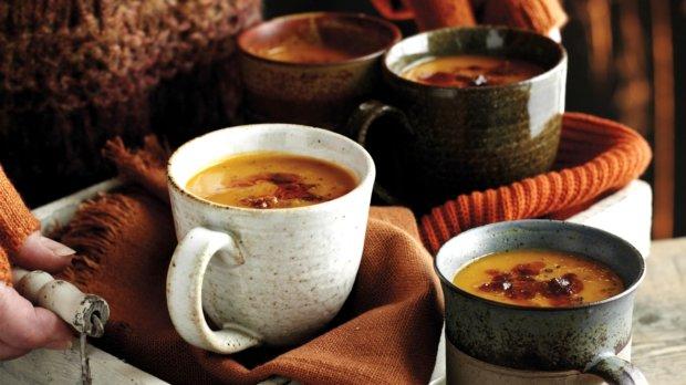 Dýňová polévka s chorizo klobáskou