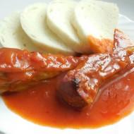 Plněné papriky v rajčatové omáčce recept