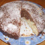 Mramorová bábovka zdobená kokosem recept