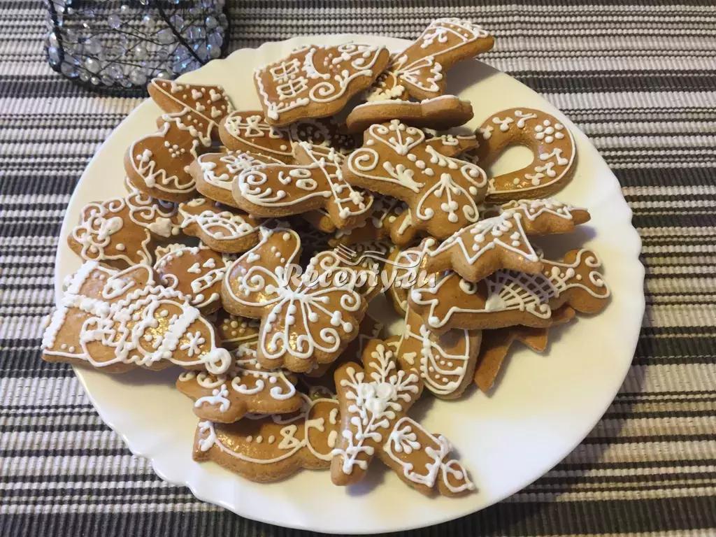 Zdobené vánoční perníčky recept  nejen vánoční cukroví