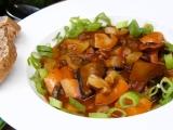 Guláš s hub a paprik recept