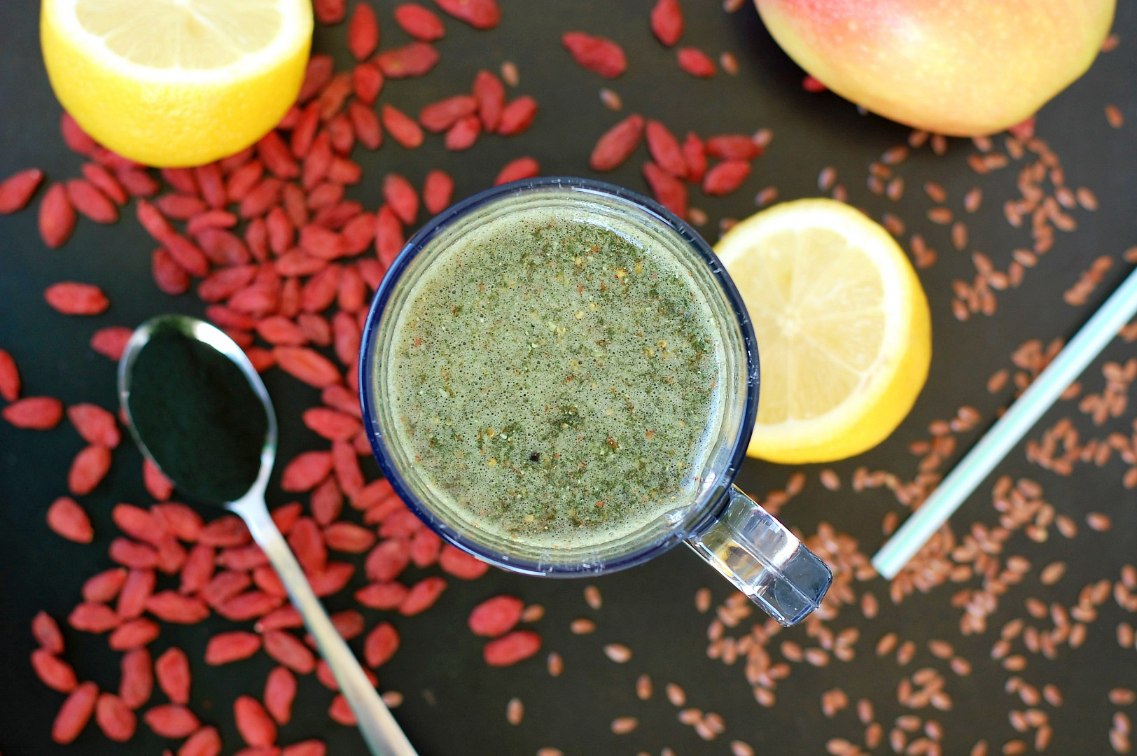Antioxidační smoothie se spirulinou recept