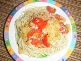 Špagety se šunkou a ananasem recept