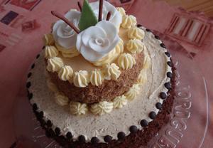 Kávovo-ořechový dort (korpus)  dvoupatrový