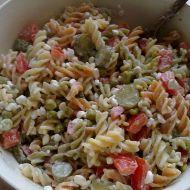Těstovinový salát se sýrem cottage recept