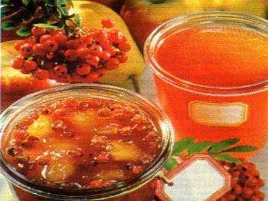 Jeřabinový džem s jablky