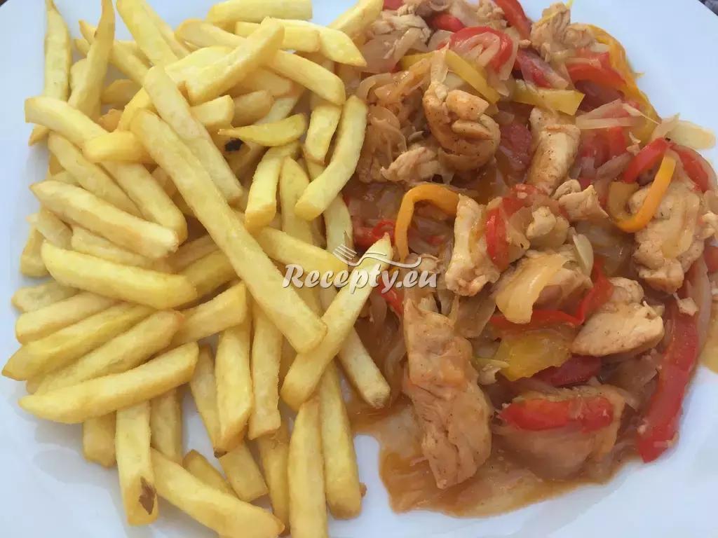 Kuřecí kousky po italsku s hranolky recept  drůbeží maso