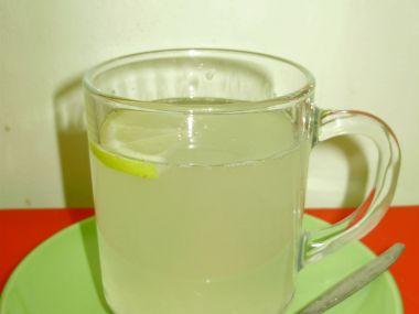 Zázvorový čaj s medem
