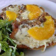 Kotlety se sýrem a listovým salátem recept