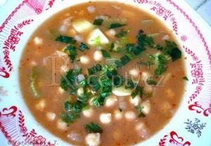 Cizrnová polévka s řapíkatým celerem