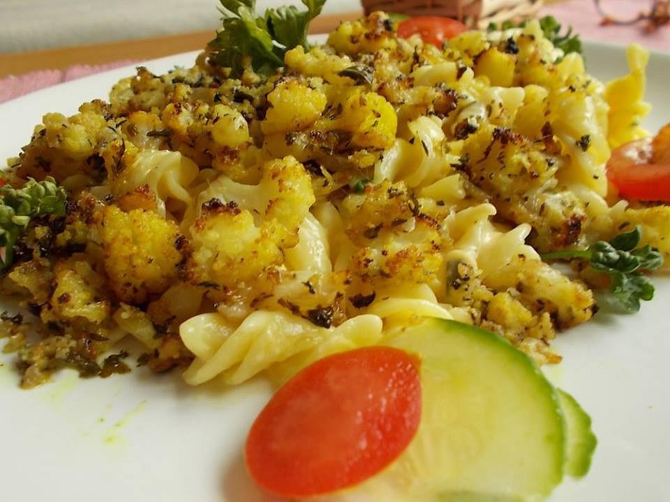 Těstoviny s pečeným květákem a oříšky recept