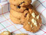 Cookies s brusinkami, kokosem a bílou čokoládou recept ...