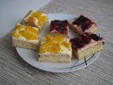 Medovinové řezy s višněmi a mandarinkami recept
