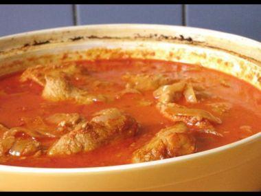 Kuře na paprice-kuřecí paprikáš a perkelt
