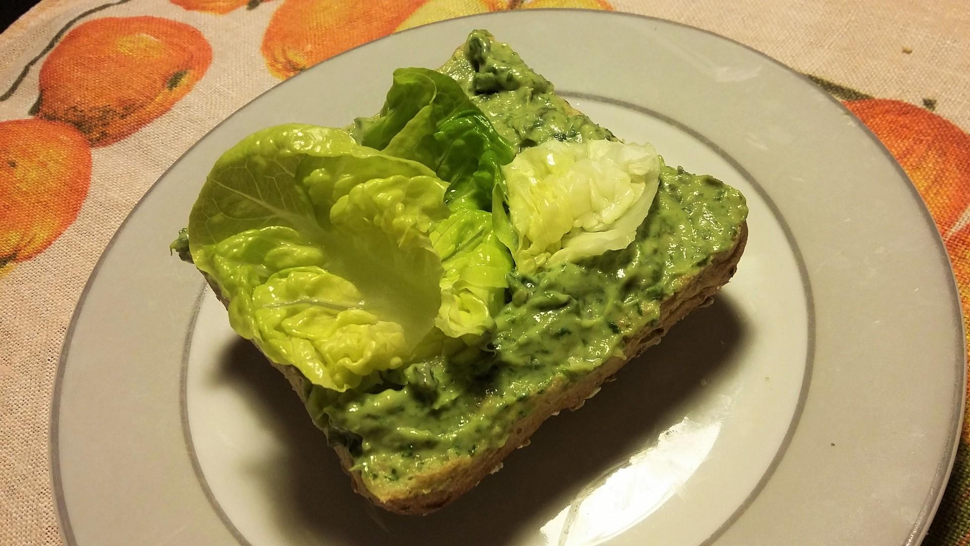 Zelená pomazánka s vejci na hniličku recept
