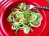 Cuketové  špagety  s ořechy recept