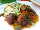 Masové kuličky se zeleninou a vejcem recept