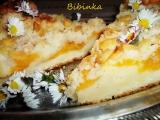 Litý a kynutý ovocný koláč s mandlovou drobenkou recept ...