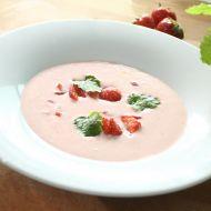 Jahodová polévka se sektem recept