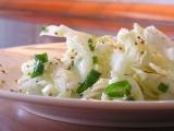 Letní salát z čínského zelí recept