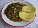 Hovězí v žampiónech s brokolicí recept