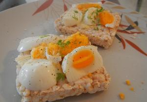Rýžové chlebíčky s vajíčkem