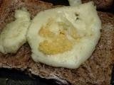 Topinky se sýrem a česnekem  CRISP recept